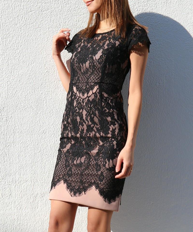 レーススカラップへムドレス