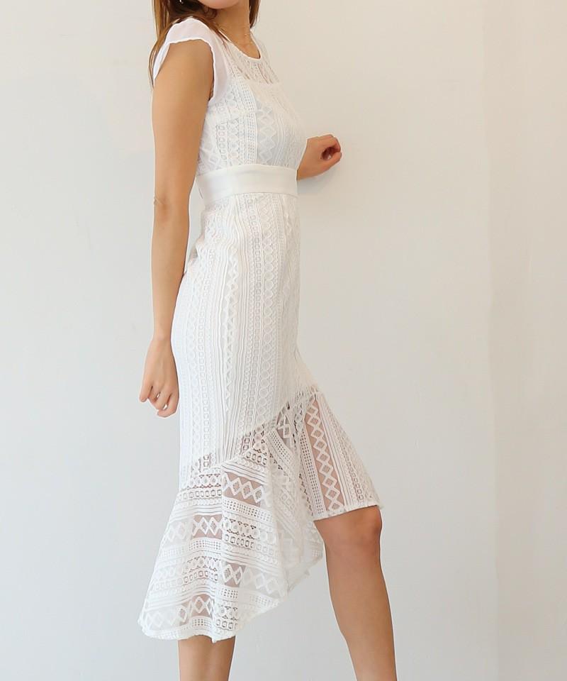 ジオメトリックレースマーメイドドレス